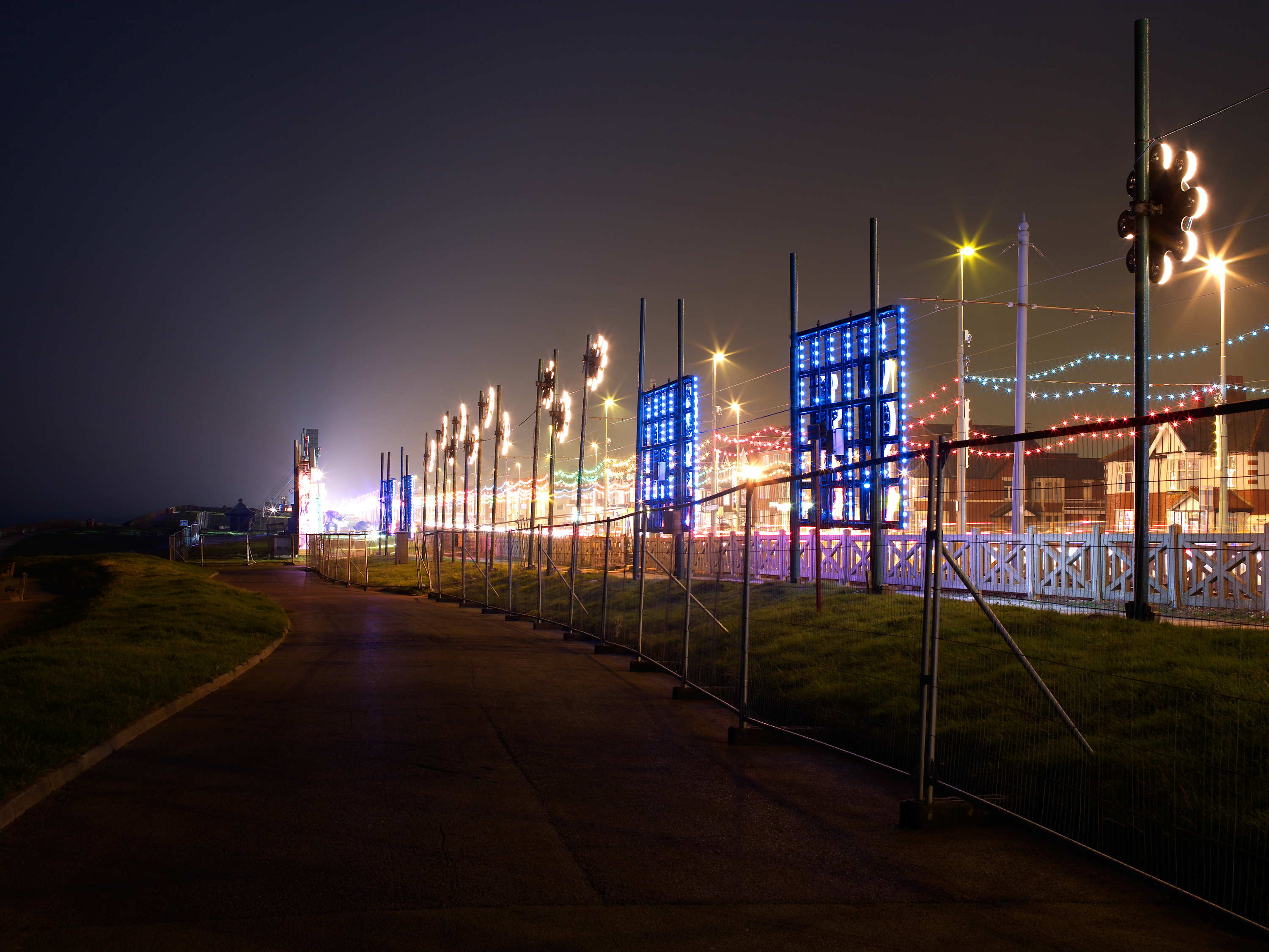 Blackpool / Behind The Lights 1